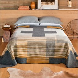 Pendleton Woolen Mills - Compass Point Blanket